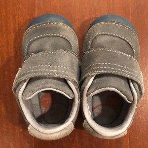 Stride Rite Soft Motion Grey Shoes